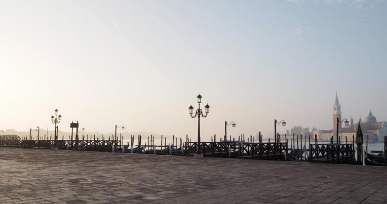 venetsian-biennaali-taidematkustaja14