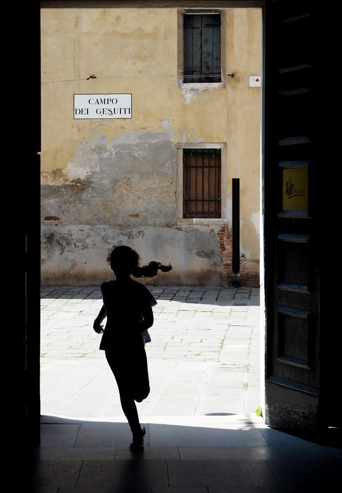 venetsian-biennaali-taidematkustaja8